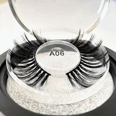 Really are Hand-made False Eyelashes Very easy to wear and no foreign body sensation, glue is very mild, too loved! Makeup Kit, Makeup Tools, Eye Makeup, Faux Lashes, Thick Lashes, Natural False Eyelashes, Fake Eyelashes, Volume Lashes, Longer Eyelashes