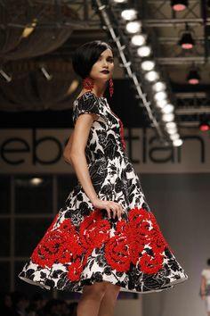 black,white,red by Sebastian Gunawan Sebastian Gunawan, Latin Dance Dresses, Catwalk Fashion, Black White Red, Jakarta, Dress Ideas, Bangkok, Philippines, Singapore
