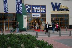 Den 28. september 2006 åbner JYSK Nordic de første fire butikker i Holland i Arnhem, Zoetermeer, Heerhugowaard og Lelystad.