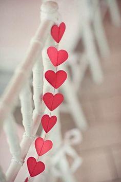 Valentine's Day Wedding Garland, heart wedding decor, inspired wedding decor idea #Valentines day #wedding heart garland #wedding inspiration www.dreamyweddingideas.com