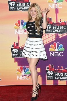 The weekend in celebrity style: See who made our top 10 best dressed // Shakira