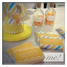 Golosinas personalizadas, souvenirs, estampitas y accesorios para decorar tu evento... hola@invita-me.com.ar