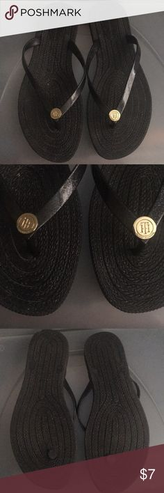 Tommy Hilfiger Flip Flops Cleaning out my closet. Good condition Tommy Hilfiger Shoes Sandals