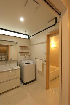 オープンハウス – MINI HAUS – - 名古屋市の住宅設計事務所 フィールド平野一級建築士事務所 Small Home Gyms, At Home Gym, Stacked Washer Dryer, Home Organization, Laundry Room, Interior Architecture, Washing Machine, Toilet, Sweet Home