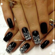 Can't decide what to do next with your nails? Click inside now and find inspiration after inspiration! These black and white nail designs are gorgeous! Fabulous Nails, Gorgeous Nails, Pretty Nails, Crome Nails, Nagel Stamping, Lace Nails, Creative Nails, Diy Nails, Nails Inspiration