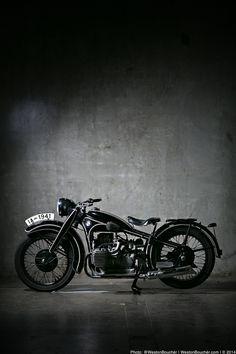 BMW-R12-MOTORCYCLE-WESTON-BOUCHER.jpg (720×1080)