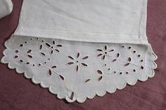 Linge ancien & dentelle ancienne  : Porte serviette  ancien    3