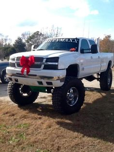 oh my! <3<3<3<3 Chevy runs deep!! Love the red bow tie