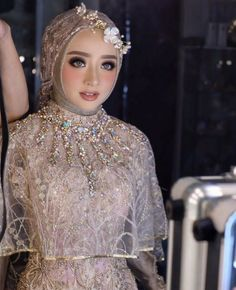 what colour are muslim wedding dresses Malay Wedding Dress, Kebaya Wedding, Muslimah Wedding Dress, Muslim Brides, Pakistani Wedding Dresses, Bridal Dresses, Wedding Gowns, Bridesmaid Dresses, Muslim Couples