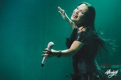 Tarja Turunen live at Casino de París, France. The Shadow Shows, 09/11/2016 #tarja #tarjaturunen #theshadowshows #tarjalive PH: Alexandre Fumeron http://www.afterdepth.com/concert/live/tarja.html#