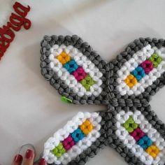 İyi aksamlar canlarım Bugun kendi tasarımım olan Lifimiz için video çektim. YOUTUBE SİBELLEORGU KANALIMI ZİYARET EDEBİLİRSİNİZ ÜCRETSİZ… Baby Knitting Patterns, Crochet Patterns, Crochet Doilies, Bandana, Elsa, Diy And Crafts, Crochet Necklace, Stuff To Buy, Instagram
