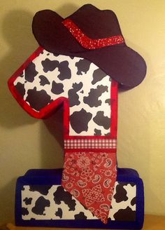 First birthday cowboy pinata. Cowboy party themed. por aldimyshop