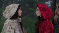 Why can't we all just wear awesome cloaks? (The Costumes of Once Upon a Time)