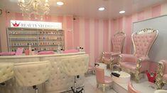 Pink Nail Salon, Home Nail Salon, Nail Salon Design, Nail Salon Decor, Massage Room Decor, Spa Room Decor, Beauty Room Decor, Diy Bedroom Decor, Beauty Bar Salon