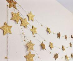 Gold Star Garland with mini bells by on Etsy - Star Decorations Ramadan Crafts, Ramadan Decorations, Birthday Decorations, Christmas Decorations, Parties Decorations, Parties Food, Noel Christmas, Christmas Crafts, Christmas Ornaments