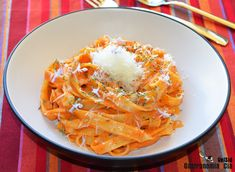 Tallarines Con Salsa De Pimientos Asados | Gastronomía & Cía