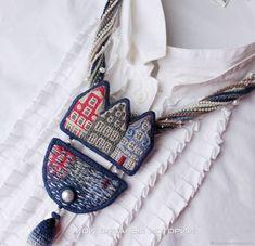 Колье Амстердам вязаное вышитое украшение – купить в интернет-магазине на Ярмарке Мастеров с доставкой