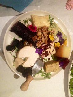 Cheese platter-blueberry goat, lemon zest derby, Brie, sage derby
