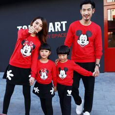 eb56d4421 US $9.71 20% OFF|2019 Christmas Clothes Family Look Mickey Mommy and Me Clothes  Matching Family Clothing Sets Mother Daughter Father Baby T shirt-in ...
