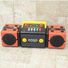 SANYO /ROBO-MR06 Radios, Mechanical Calculator, Crt Tv, Tape Recorder, Boombox, Retro Design, Consumer Electronics, Lunch Box, Sisters