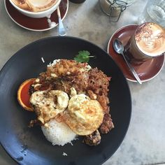 One cannot think well love well sleep well if one has not dined well Thai fried egg tomato salad nam jim steamed rice  fried slow cooked pork 4/5  #food #foodlover #foodporn #foodlover #instafoodie #lfl #ff #getinmybelly #coffee #cafe #foodshare #burger #thaifriedegg #camperdown #f4f #L4l #sydneylunch #sydneybrunch #breakfastinsydney #4/5becauseoftheflies! #runciblespoon #slowcookedpork by withfoodwelove