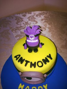 Purple Minion cake.