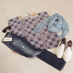 Outfit  Blusa @100x200  Jeans @upjeansitalia  Slippon @police_883  #shopping #outfitoftheday #cool #style #glamour #itgirl #top #beautiful #upjeans #police883 #superdry #instalike #picoftheday #love #sochic #look #giornaliero #solocosebelle #ElementiNettuno