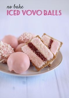 No Bake Iced Vovo Balls Love Swah is part of Dessert recipes An Iced VoVo is an iconic Australian biscuit consisting of a wheat biscuit topped with pink marshmallow on either side of a strip of ra - Mini Desserts, Desserts To Make, Delicious Desserts, Dessert Recipes, Yummy Food, Cake Ball Recipes, Thermomix Desserts, Gourmet Desserts, Plated Desserts