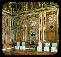 Amber Room prior to destruction in WW2. Catherine Palace, Tsarskoe Selo, Pushkin, Russian Federation.