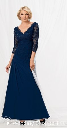 Elegant mother of the bride/groom dress with 3/4 length lace sleeves.