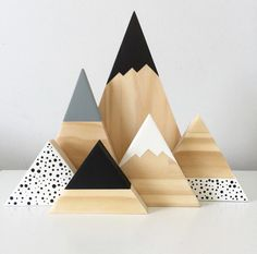 Our gorgeous new monochrome spotty mountain set is the perfect accent for that or side table. This set is professionally cut, sanded,. Wood Crafts, Diy And Crafts, Wood Projects, Craft Projects, Ideias Diy, Wood Toys, Kids Decor, Decor Ideas, Decorating Ideas