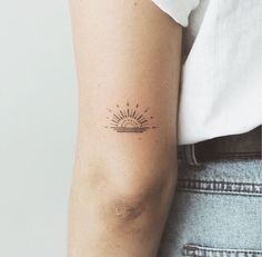 simple tattoos for women unique - simple tattoos ; simple tattoos with meaning ; simple tattoos for women ; simple tattoos for women with meaning ; simple tattoos for women unique Little Tattoos, Mini Tattoos, Trendy Tattoos, Flower Tattoos, Body Art Tattoos, Tatoos, Dainty Tattoos, Dot Tattoos, Color Tattoos