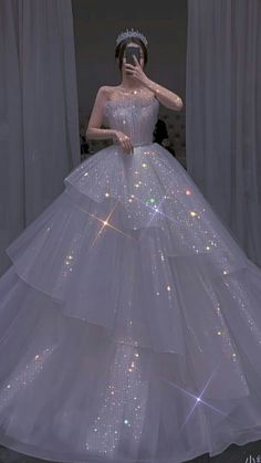 Sparkly Gown, Sparkly Prom Dresses, Pretty Wedding Dresses, Prom Girl Dresses, Gorgeous Wedding Dress, Ball Dresses, Pretty Dresses, Bridal Dresses, Flowy Gown