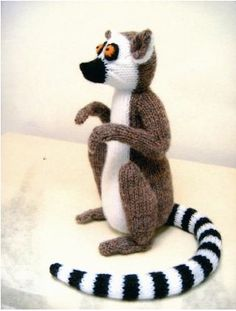 Hococo The Lemur Knitting Pattern by http://www.hottershoes.com/