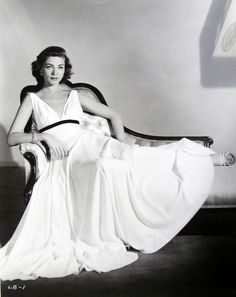 Lauren Bacall....Uploaded By www.1stand2ndtimearound.etsy.com