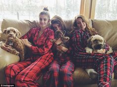 Taylor Hill and sisters Mackinley & Logan Taylor Hill Age, Taylor Hill Style, Taylor Marie Hill, Matching Pjs, Lazy Saturday, New England Fall, Vs Models, Best B, Rest And Relaxation