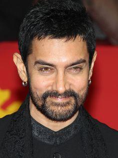 Top 10 Highest Paid Actors in India - Dzinemag Ranveer Singh, Ranbir Kapoor, Bollywood Actors, Bollywood Celebrities, Salim Khan, Acting Skills, Amitabh Bachchan, I Voted, Indian Movies
