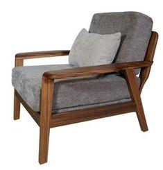 Un sillón ocasional imponente que lucirá increíble en cualquier espacio. El sillón está fabricado con madera de rosa morada, terminado con laca de poliuretano. El asiento y respaldo están compuestos por hule espuma. La tela es de poliéster.  Medidas: 92 x 90 x 75 cm de altura.  Búsqueda Accent Chairs, Armchair, Furniture, Home Decor, Sofa Chair, Mariana, Oilcloth, Quartos, Space