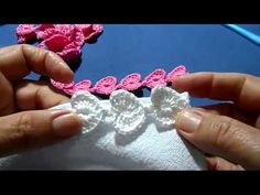 Corações em croche - YouTube Chrochet, Crochet Yarn, Crochet Flowers, Crochet Stitches, Crochet Borders, Crochet Videos, Diy And Crafts, Lily, Crystals