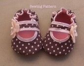 Baby Girl Bella Crib Shoes Sewing Pattern Baby by sweetpeapattern
