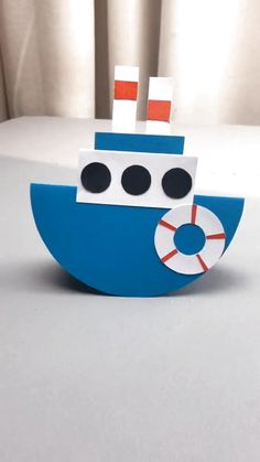 Fun piece & gift for kids. This is a simple DIY tutorial of paper plate boat. Stuck at home? Let's get started! # home activities for kids crafts DIY Crafts for Kids-How to Make Paper Plate Ship-DIY Tutorial Paper Crafts Origami, Paper Crafts For Kids, Craft Activities For Kids, Preschool Crafts, Diy For Kids, Fun Crafts, Gifts For Kids, Diy Paper, At Home Crafts For Kids
