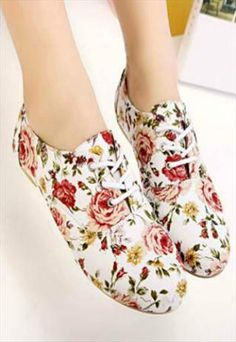Fashion Floral Printed Flat Shoes. I love all of the floral design and the choice of colors.