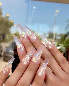 In seek out some nail designs and ideas for your nails? Here's our list of 16 must-try coffin acrylic nails for trendy women. Summer Acrylic Nails, Best Acrylic Nails, Aycrlic Nails, Coffin Nails, Shiny Nails, Fire Nails, Clear Nails, Nagel Gel, Gorgeous Nails