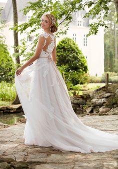 Romantic Cap Sleeve Wedding Dress With Cameo Back | Stella York 6391 | http://trib.al/3nCVq62