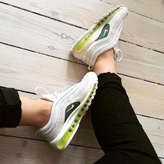 Sneakers femme - Nike Air Max 97 (©moltobenestore)
