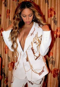 Beyonce Knowles Carter, Beyonce And Jay Z, Beyonce Coachella, Beyonce Style, Blue Ivy, Queen B, Poses, Black Girl Fashion, Outfits