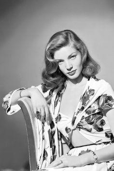 Lauren Bacall, icono de belleza inmortal, Inteligente y bella