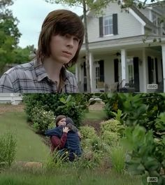 The Walking Dead / Carl, Enid and Ron Carl And Enid, Katelyn Nacon, Chandler Riggs, Carl Grimes, First Tv, Stuff And Thangs, Daryl Dixon, Best Tv Shows, The Walking Dead