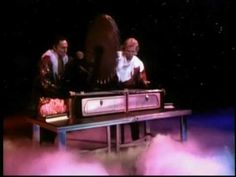 ▶ Siegfried and Roy: Sawing Lynette in half. - YouTube