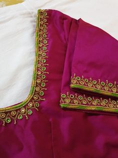 Designer blouse with green To customize please WhatsApp 91 9177262640 Designer blouse with green To customize please WhatsApp 91 9177262640 Cutwork Blouse Designs, Best Blouse Designs, Simple Blouse Designs, Stylish Blouse Design, Blouse Neck Designs, Simple Designs, Hand Work Blouse Design, Aari Work Blouse, Designer Blouse Patterns